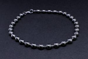Ruthenium silver bead bracelet
