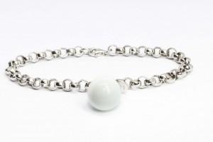 Collezione Bubble Bracciale rolò in argento con pendente in agata bianca
