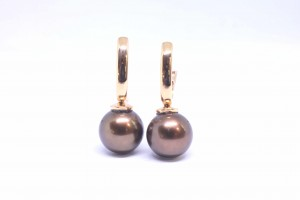 Rose gold  earrings with Tahitian Chocolate pearls