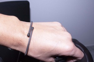 Silver rigid bracelet black rodium color
