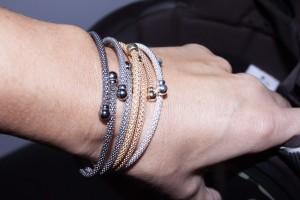 Silver rigid bracelet