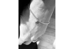 Silver bracelet with four-leaf clover
