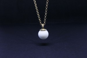 Golden silver pendant with white agate